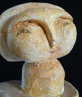 """""""Enfant de lune"""" Papier et sable. Détail."""